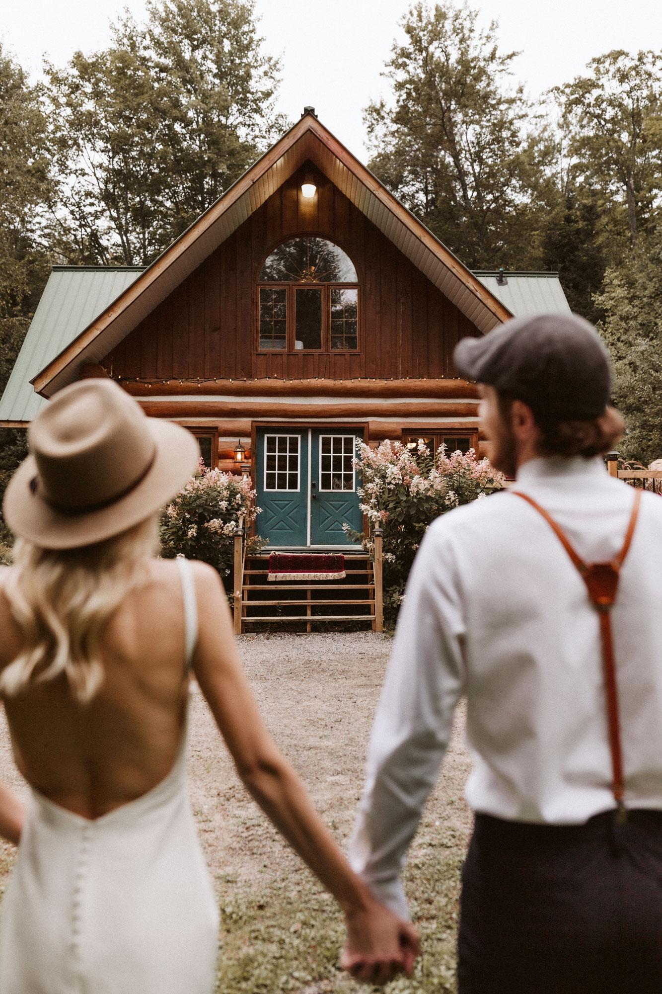 muskoka elopement, cabin elopement, muskoka elopement photographer